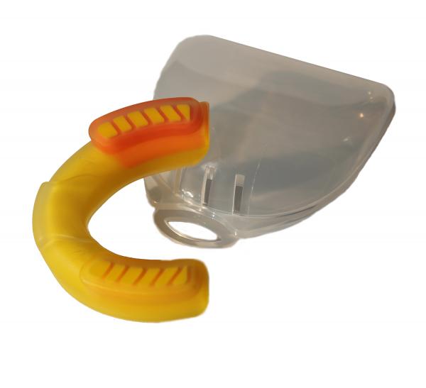 Дамски зъбен протектор PRO LINE / IRONINSIDE - ново поколение зъбни протектори, които наиситна гарантират безопастността на вашите зъби по време на спаринг.